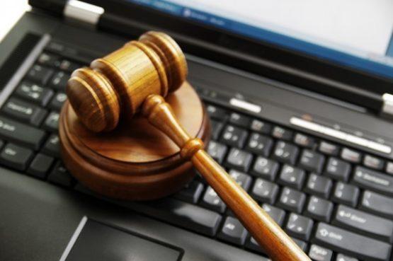 Случилась у Вас ситуация? Поможет юрист онлайн консультации.
